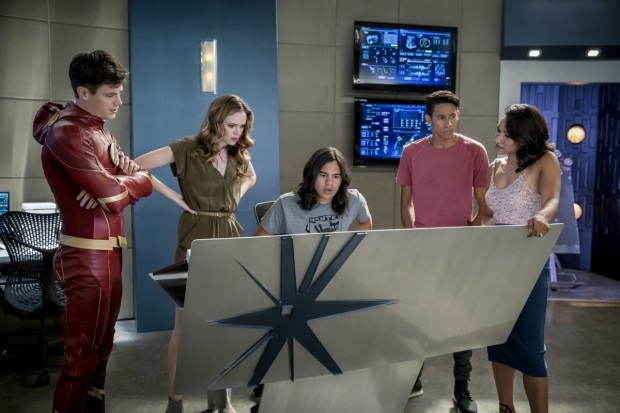 flash-s4e2-mixed-signals