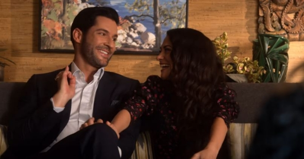 lucifer-s4-couch